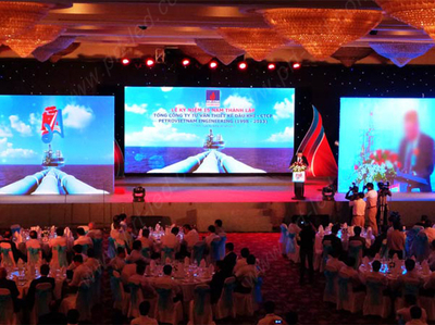 P5.68 Large LED Indoor Display for Stage Background